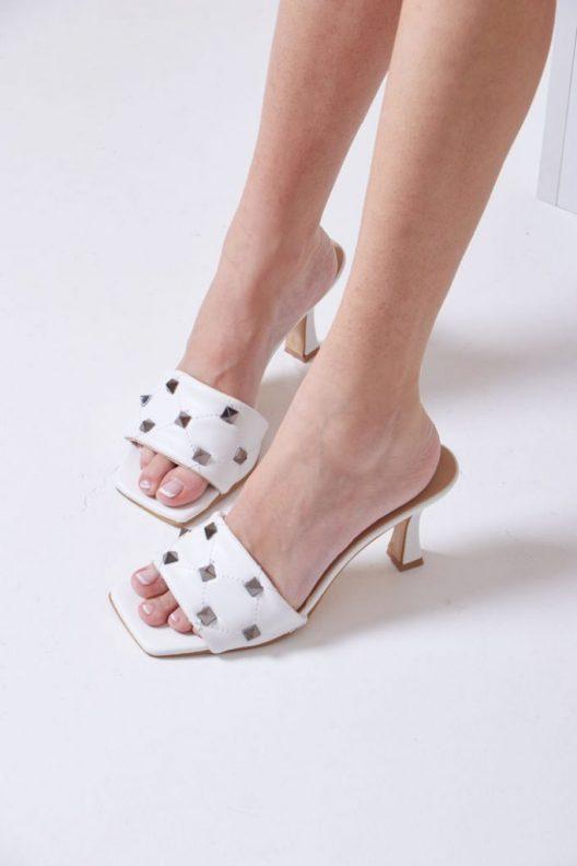 Odette Scarpin – White